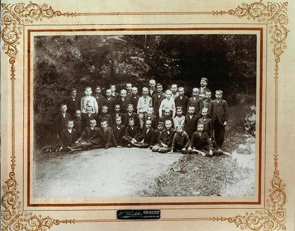 Uczniowie-Koenigszelt-Jaworzyna-Śląska-1920