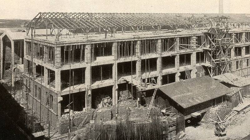 Königszelt  (Jaworzyna Śląska). Rozbudowa Zakładów Porcelany, 1925 rok