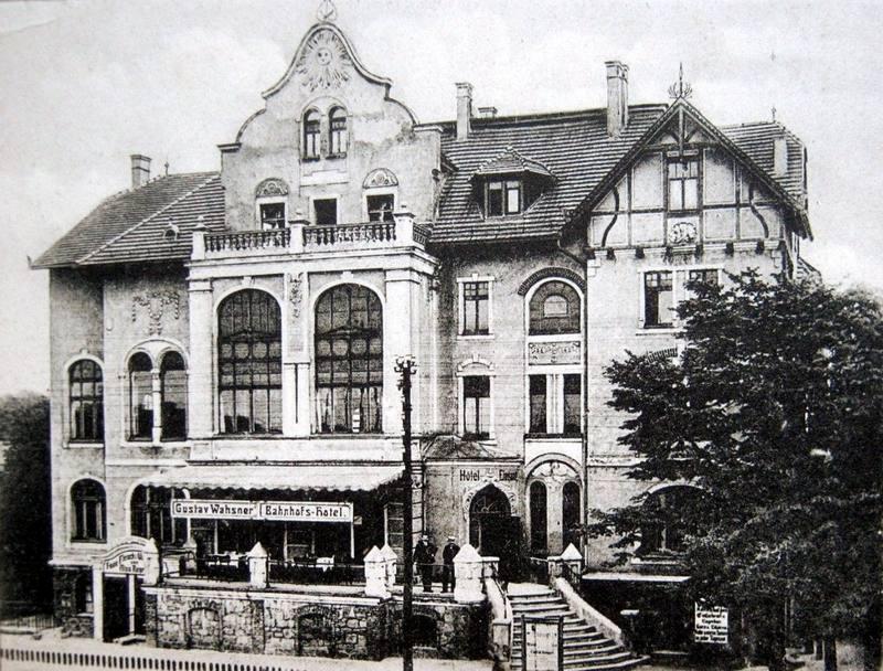 Königszelt  (Jaworzyna Śląska), Bahnhoffs Hotel, Bahnhoffstrasse (ul. 1 maja), 1913 r.