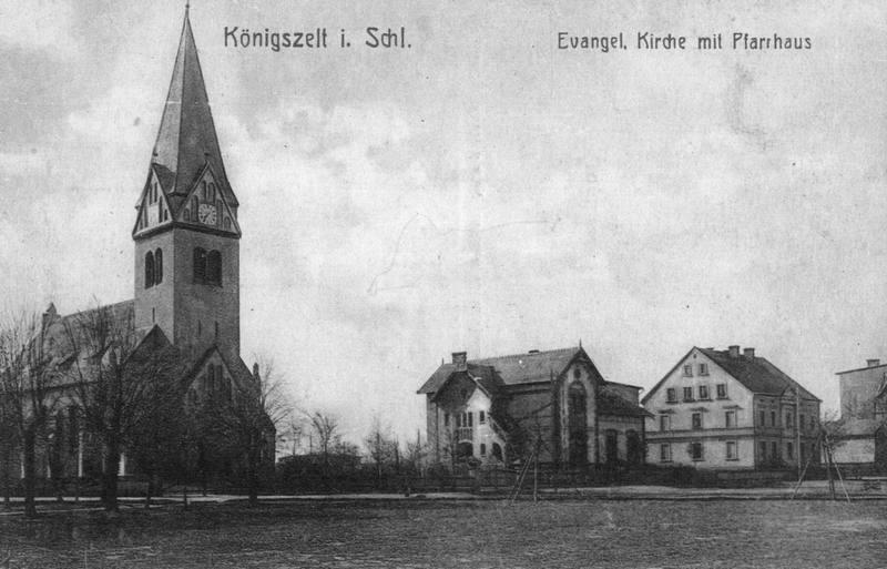 Königszelt  (Jaworzyna Śląska). Kościół ewangelicki i plebania.