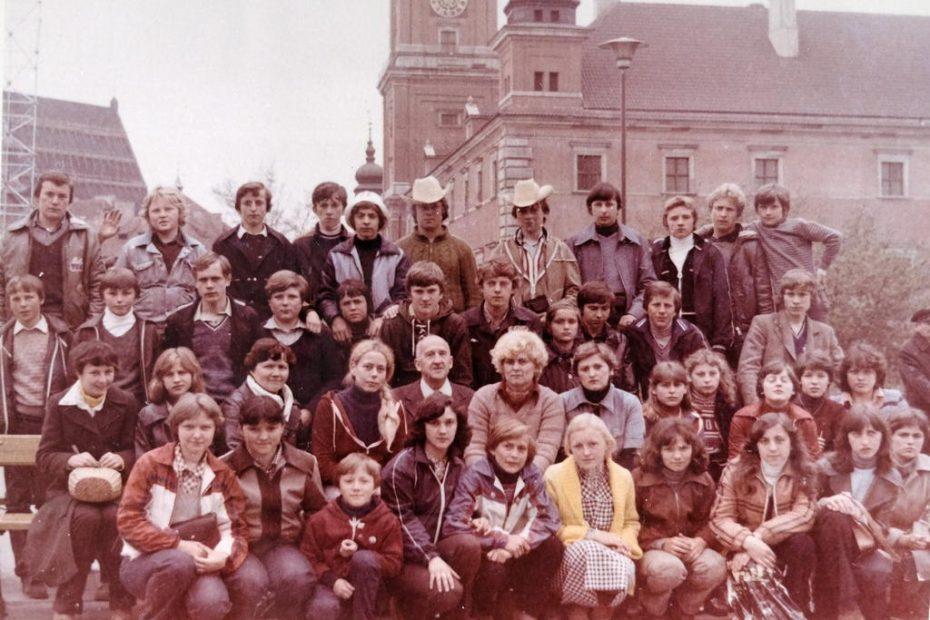 Uczniowie Szkoła Podstawowa w Jaworzynie Śląskiej 1980