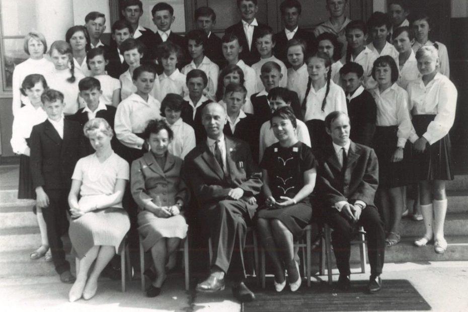 Klasa VII b Jaworzyna Śląska 1964