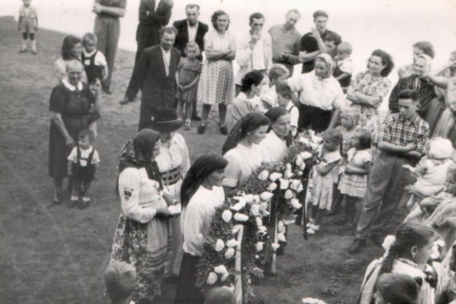 dożynki w Piotrowicach Świdnickich 1957
