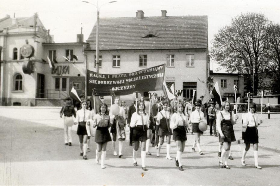 pochód ulica 1 maja świdnicka Jaworzyna Śląska