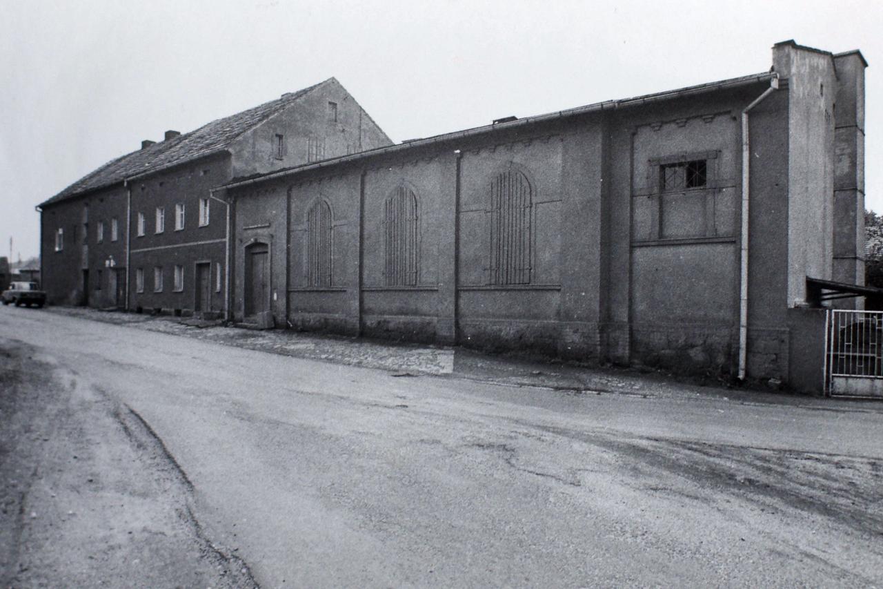 Piotrowice Świdnickie, świetlica wiejska, 1986
